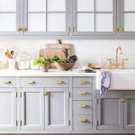 BLog, grey cabinetry